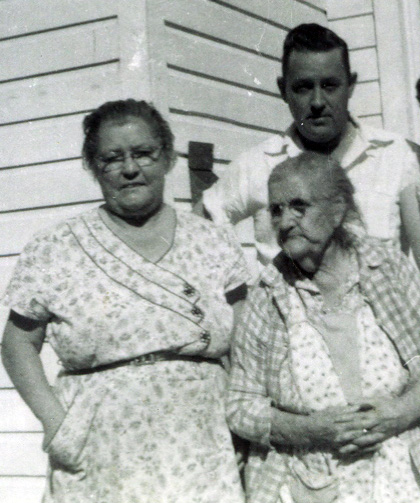 Amand Pennington Lane (r), Bertha Lane, Talmadge Lane
